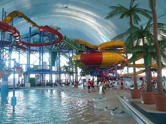 Fallsview Indoor Waterpark سبعات